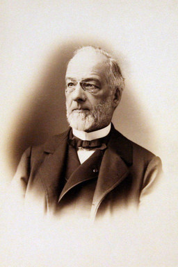 Portrait of Louis Loew, photograph © Cour de cassation